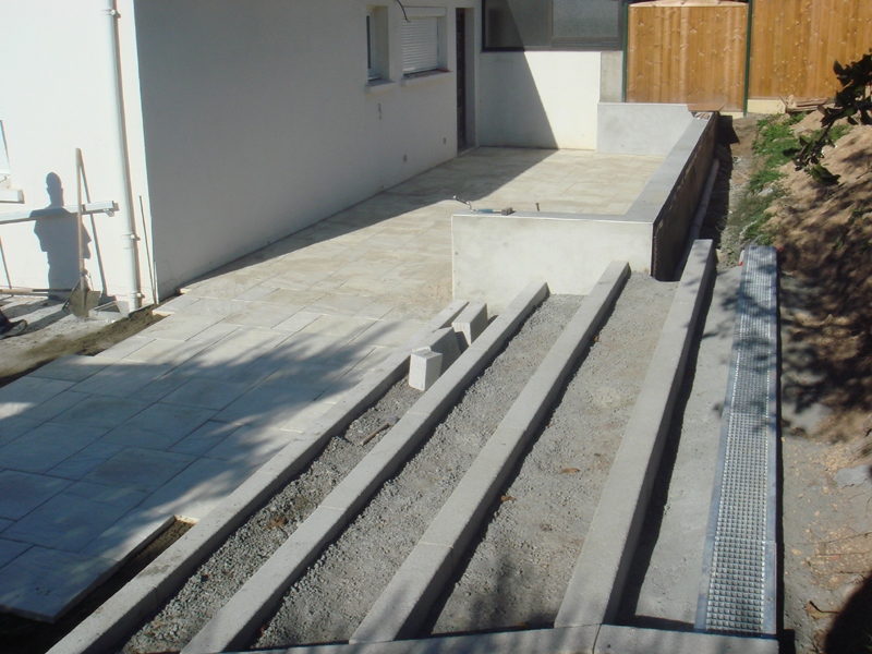 bordure escalier exterieur bordure escalier exterieur. Black Bedroom Furniture Sets. Home Design Ideas
